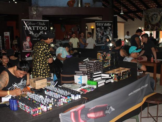 Tatuadores de RO, MT, MG e SP concorrem a prêmios (Foto: Suzi Rocha/ G1)