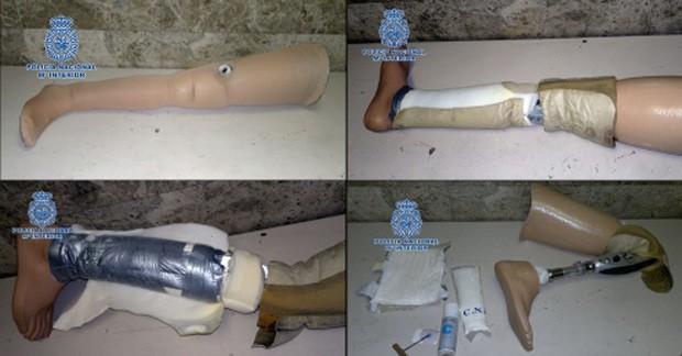 Cocaína estava escondida dentro de prótese ortopédica (Foto: Divulgação/Cuerpo Nacional de Policia)