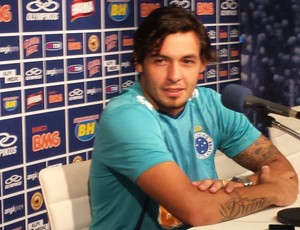 Ricardo Goulart, atacante do Cruzeiro (Foto: Marco Astoni)