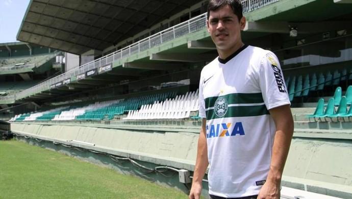 Meia Luis Cáceres do Coritiba (Foto: Site oficial do Coritiba/Divulgação)