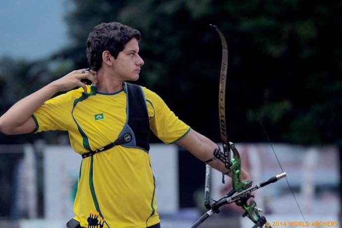 Marcus Vinícius D'Almeida bateu o recorde brasileiro com 670 pontos (Foto: Divulgação/World Archery)