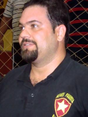Francis Lopes, técnico de Neves Paulista na Copa TV TEM (Foto: Marcos Lavezo/Globoesporte.com)