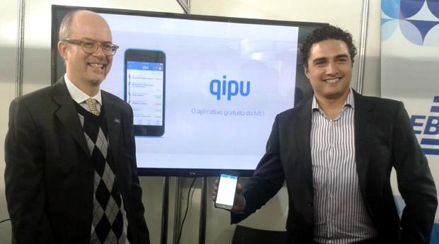 Luiz Barretto e Romero Rodrigues no lançamento do Qipu, em São Paulo (Foto: Isabela Moreira)