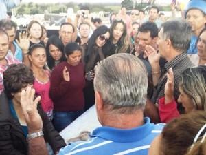 Enterro Ken Humano (Foto: César Campos/G1)