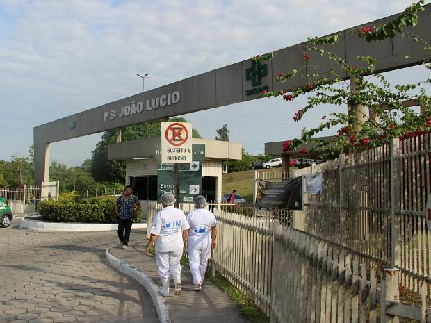 Homem está internado no Hospital João Lúcio, em Manaus (Foto: Diego Toledano/G1 AM)