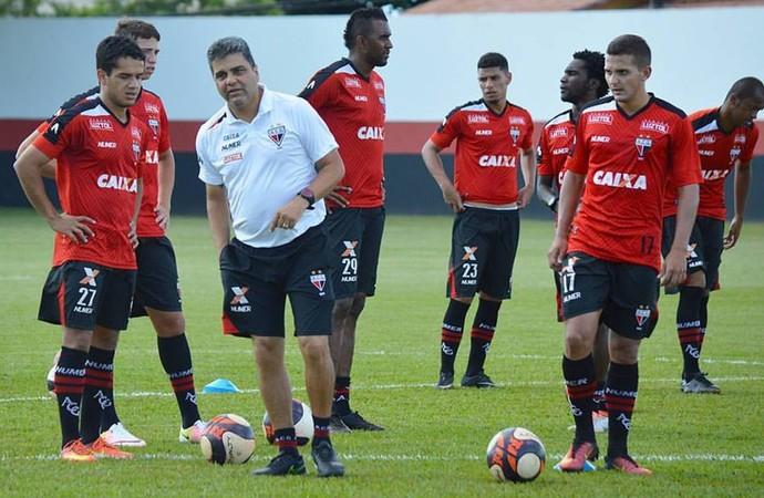 Marcelo Cabo - técnico do Atlético-GO (Foto: Divulgação / Atlético-GO)