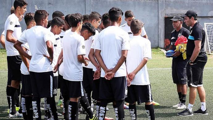 Santos sub-15 (Foto: Pedro Ernesto Guerra Azevedo / Santos FC)