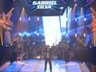 Com hit do U2, Gabriel Silva levanta a plateia no Tira-teima do The Voice Brasil