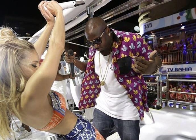 Lumi, do 'The Voice Brasil', canta com Claudia Leitte no Carnaval de Salvador: 'Muito emocionante' (Foto: Sercio Freitas / Divulgação)