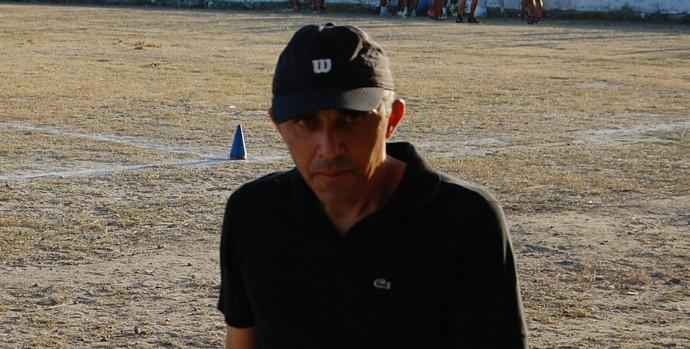 Marizardo Miranda, gerente de futebol da Queimadense (Foto: Silas Batista / GloboEsporte.com/pb)