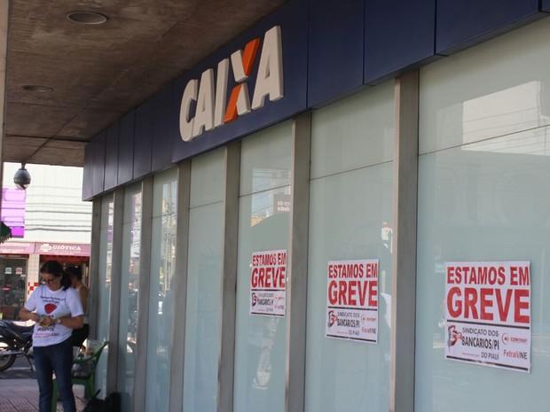 Bancários do Piauí declararam greve por tempo indeterminado (Foto: Fernando Brito/G1)