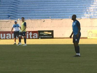Itamar treino Londrina (Foto: Reprodução/RPC)