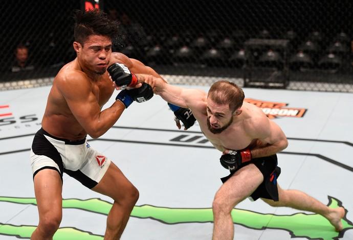 Ali Bagautinov Geane Herrera UFC Ottawa (Foto: Getty Images)