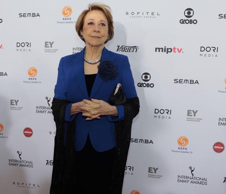 Fernanda Montenegro no tapete vermelho do Emmy (Foto: TV Globo/ Luiz C. Ribeiro)