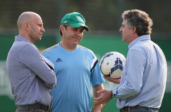 Paulo Nobre, Omar Feitosa e Gilson Kleina (Foto: Cesar Greco/Ag Palmeiras/Divulgação)