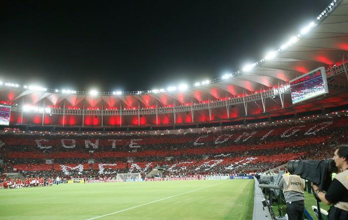 Mosaico torcida, Flamengo x Atlético-PR (Foto: Alexandre Cassiano/Agência O Globo)
