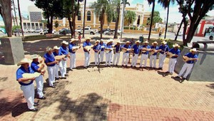 Cururueiros do Grupo Tradição Cuiabana do Coxipó (Foto: Reprodução/ É Bem MT)