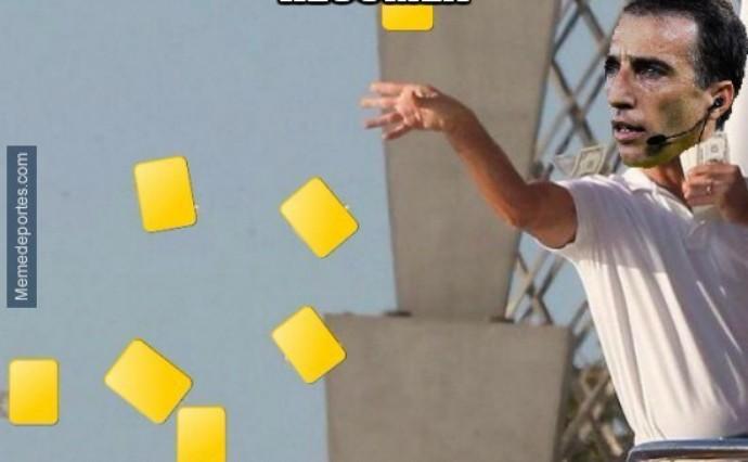 meme árbitro de barcelona x athletic bilbao (Foto: Reprodução Twitter)