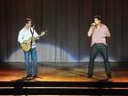 Victor & Leo fazem show da turnê 'Irmãos' em Brasília nesta sexta