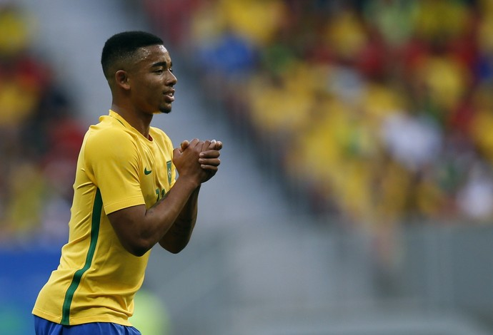 Gabriel Jesus Brasil x Africa do Sul (Foto: Reuters)