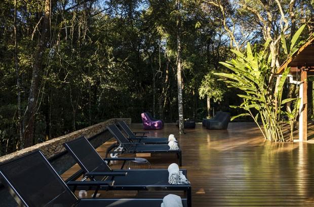 Integração com a natureza marca reforma de casa em Brumadinho (Foto: Divulgação)