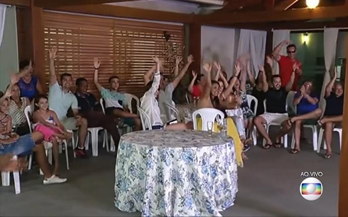 Família e amigos de Luan Santana fazem a festa (Foto: TV Globo)