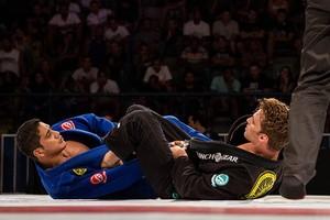 Diego Borges durante luta contra Clark Gracie, na Copa Pódio, no RJ (Foto: Divulgação)