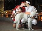 'Família sushi' inclui até o cão na brincadeira (Luka Santos/G1)