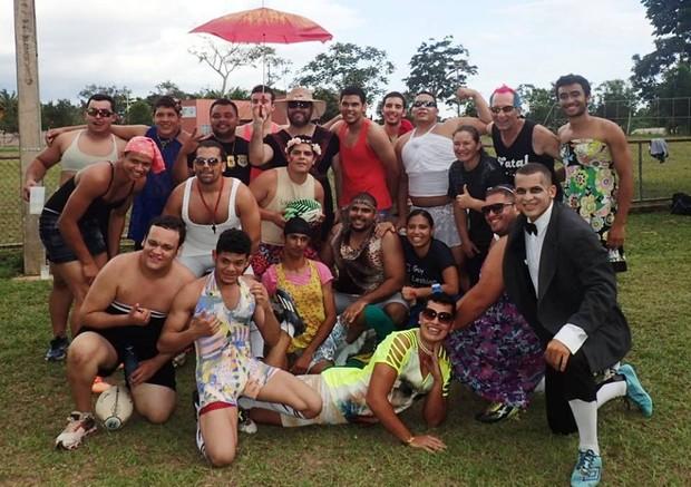 Amistoso de Rugby: jogadores disputam amistoso à fantasia (Foto: Rio Branco Rugby - Sucuris /divulgação)