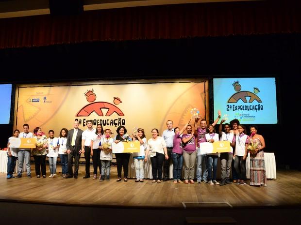 Alunos das escolas públicas do Recife vão para reunião da SBPC, na Bahia (Foto: Antônio Tenório/PCR)