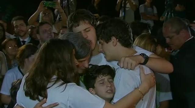 Cerca de 160 mil pessoas foram se despedir de Eduardo Campos