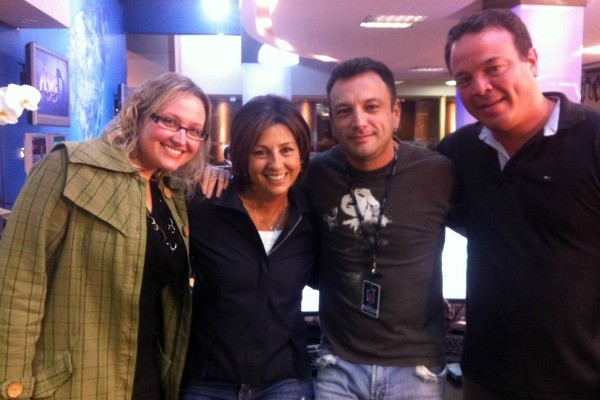 Colegas do Núcleo da Globo e Rosane (Foto: Luiza Carneiro, RBS TV)