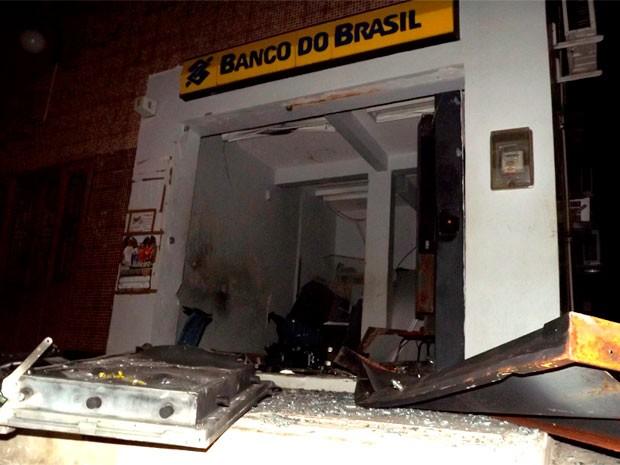 Banco do Brasil foi uma das agências atacadas (Foto: Gilli Maia)