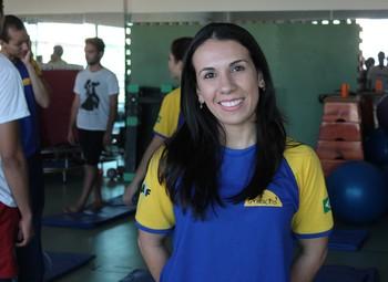 Natália Goulart, professora de Ginástica para todos (Foto: Magda Lomeu)