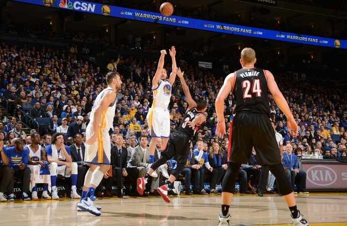 Klay Thompson Warriors x Blazers NBA (Foto: Getty)