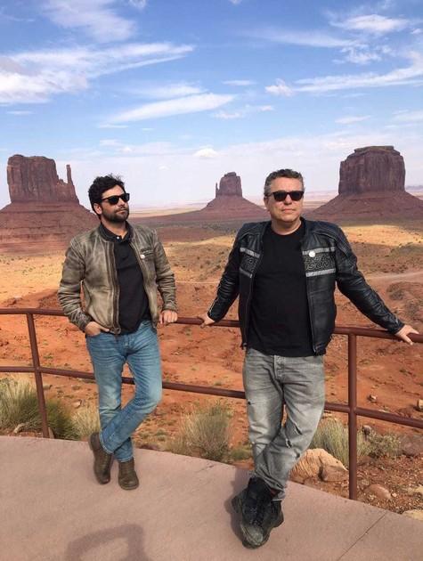 Leonardo Machado e o diretor Paulo Nascimento viajaram pelos Estados Unidos para gravar a série 'Sonho americano' (Foto: Divulgação)