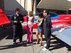 Angélica leva Dudu Azevedo e Thiago Martins para voo radical em Las Vegas