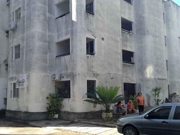 Bloco C foi interditado pela Secretaria Executiva de Defesa Civil da capital (Foto: Fernando Rêgo Barros/TV Globo)