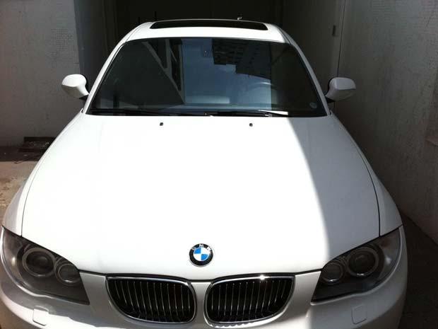 BMW também foi apreendida (Foto: Eduardo Carvalho/G1)