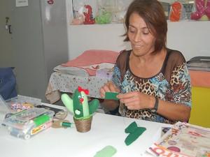 Artesanato na Escola do Trabalho de Taubaté (Foto: Divulgação/Prefeitura de Taubaté)