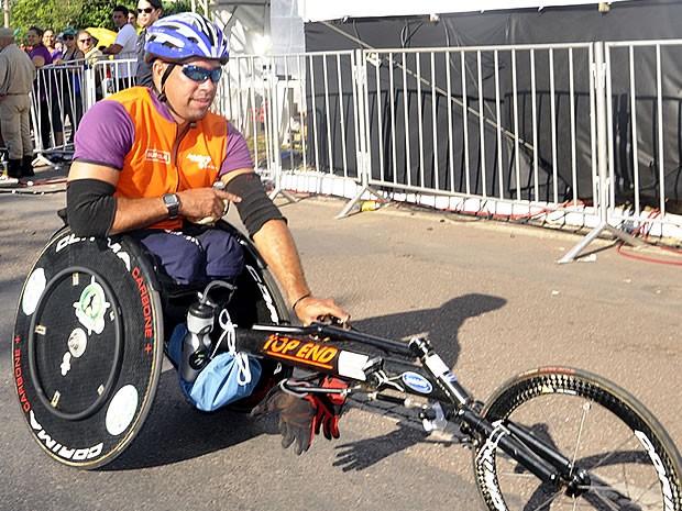 Cadeirante vence a Corrida de Reis 2013 (Foto: Tita Mara Teixeira/Globoesporte.com)