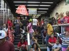Integrantes do MTST invadem prédio da Presidência em São Paulo
