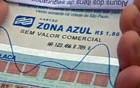 Flanelinha cobra  R$ 15 por folha de Zona Azul (Reprodução/TV Globo)