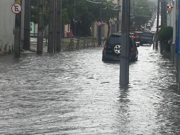 Rua Bóris, próximo ao Centro Dragão do Mar de Arte e Cultura (Foto: Rafaella Mapurunga)