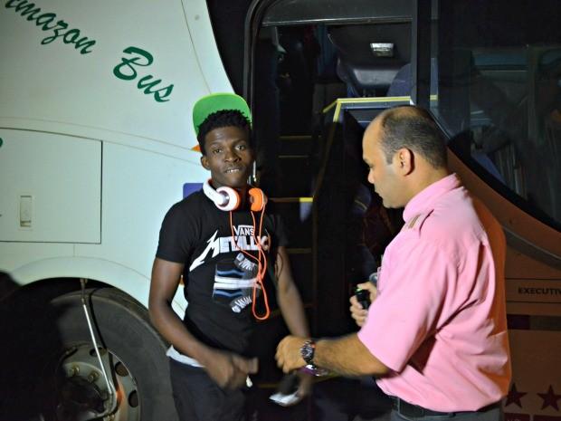 Davidson Sanon, de 17 anos, quer estudar no Brasil (Foto: Yuri Marcel/G1)