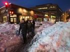 Washington tem pela frente vários dias de limpeza após nevasca recorde