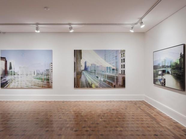 Obras do artista Michael Wesely que fazem parte da mostra Zeitgeist, no CCBB de Brasília (Foto: Eduardo Eckenfels/Divulgação)