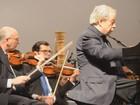 Ao lado de filarmônica, Nelson Freire faz concerto em Boa Esperança, MG