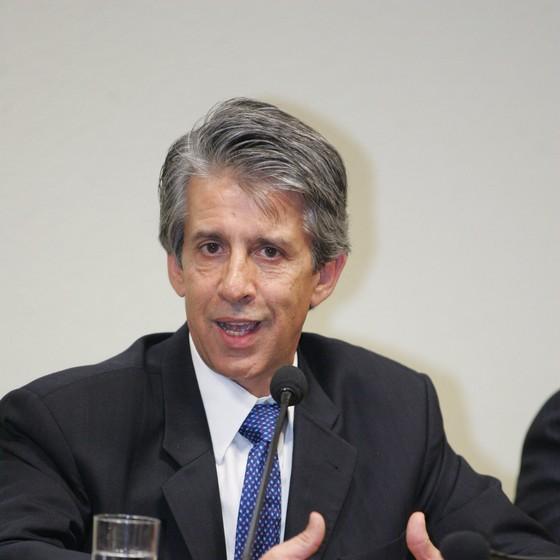 O lobista Cláudio Gontijo em sessão do Senado Federal (Foto: Ailton de Freitas/O Globo )