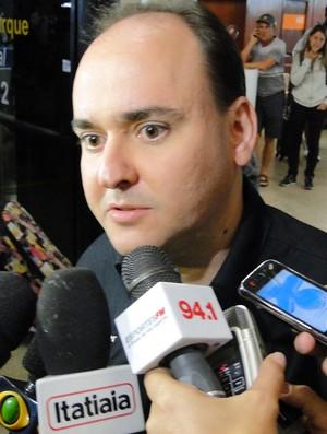 Otaviano Oliveira, médico Atlético-MG (Foto: Marco Astoni / Globoesporte.com)